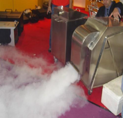 舞台烟雾机
